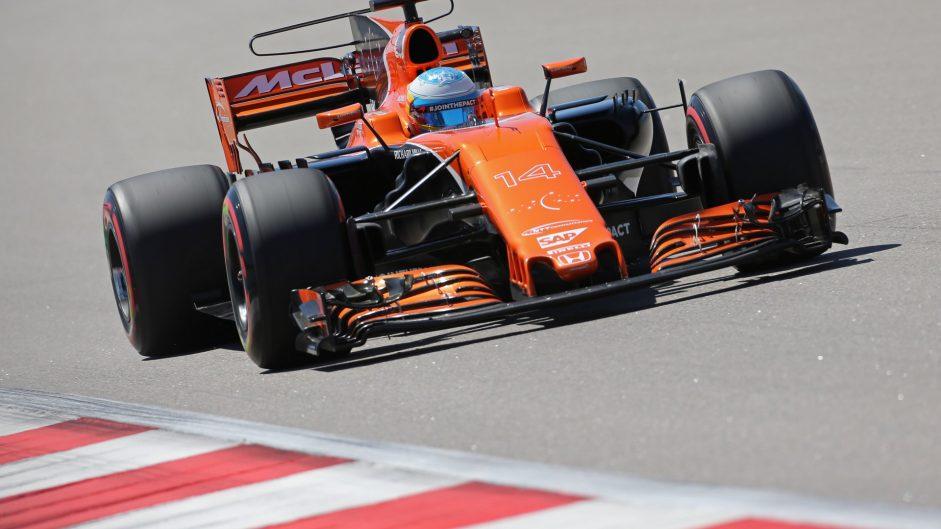 Fernando Alonso, McLaren, Sochi Autodrom, 2017