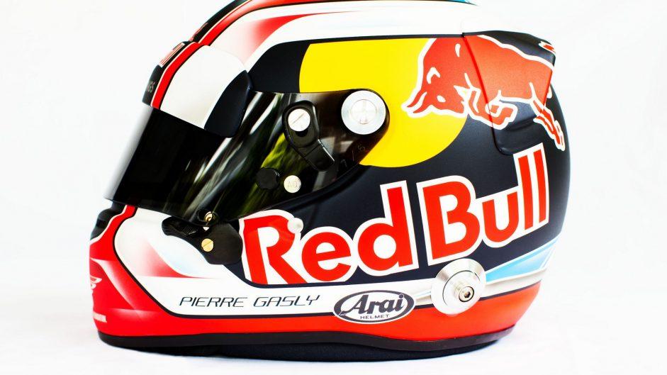 Pierre Gasly helmet, 2017