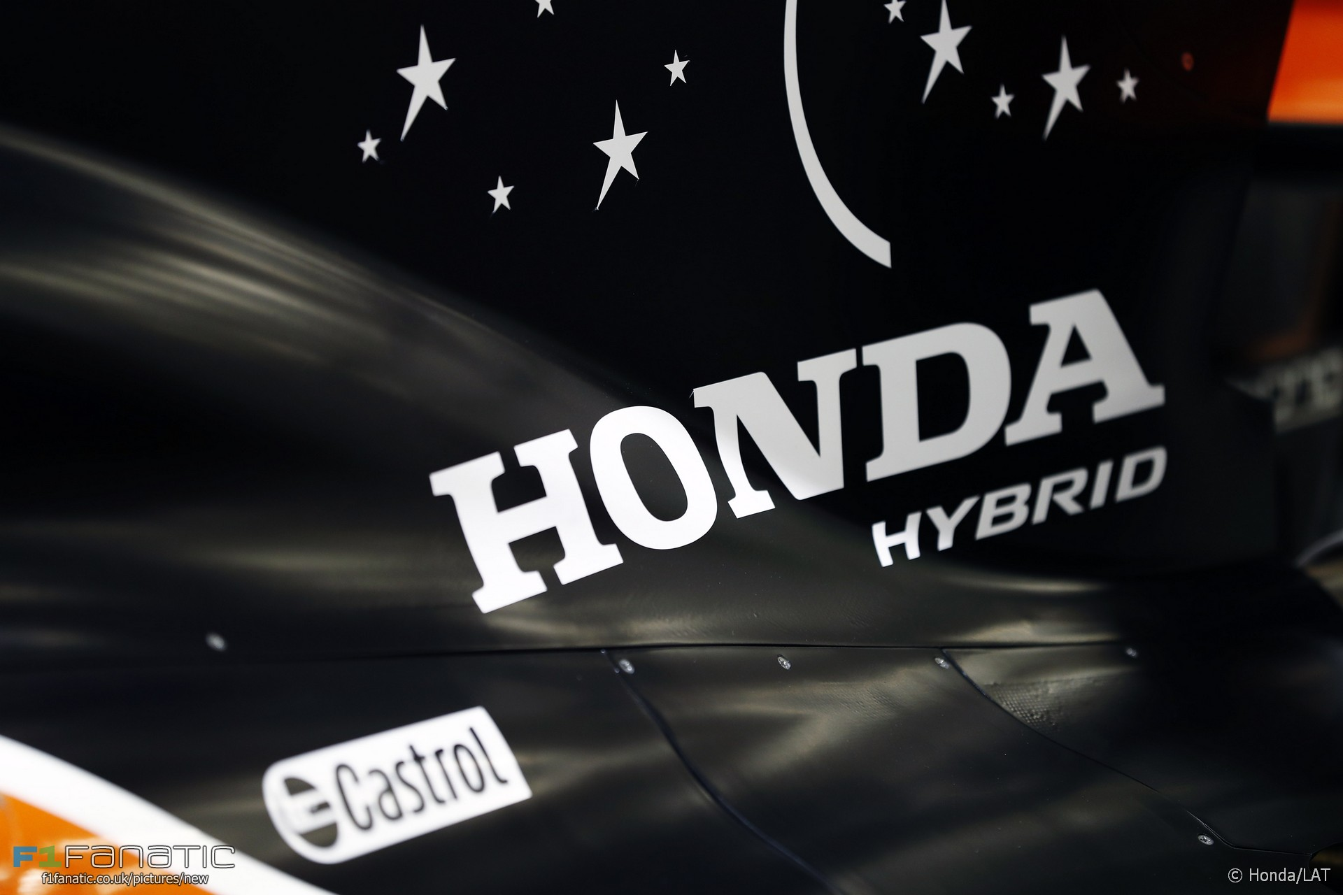 Honda logo, Mclaren, Bahrain International Circuit, 2017