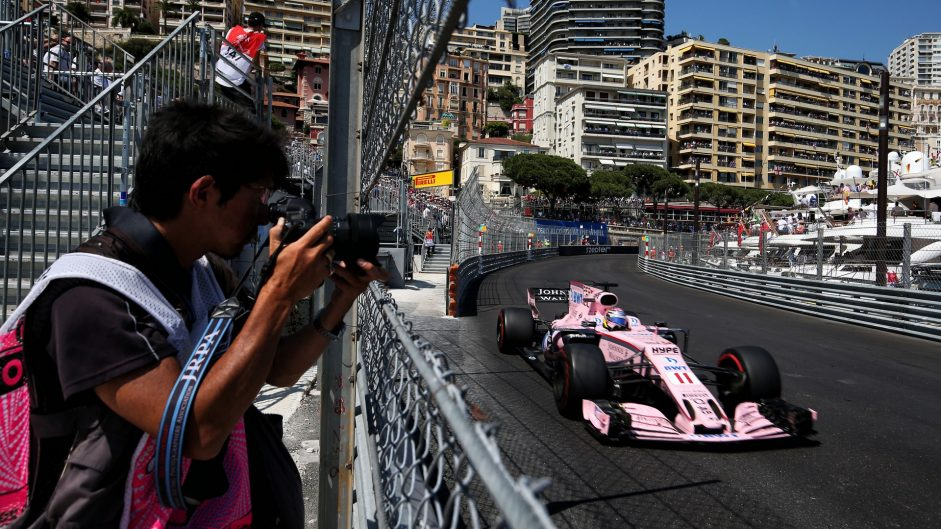 Two penalty points for Perez after Kvyat clash