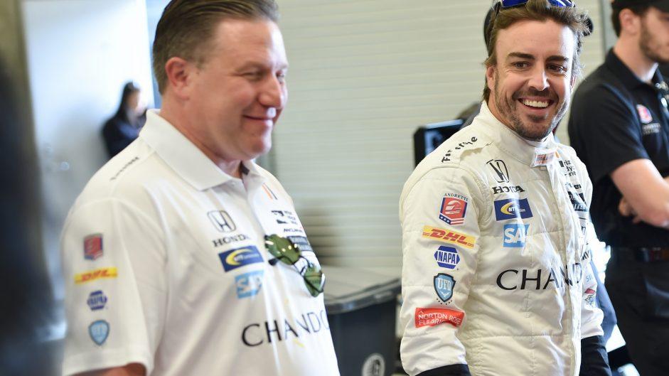Fernando Alonso, Zak Brown, McLaren Honda Andretti, IndyCar, Indianapolis, 2017