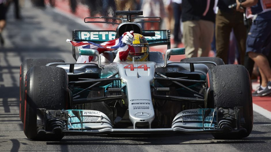Hamilton takes first Driver of the Weekend win of 2017