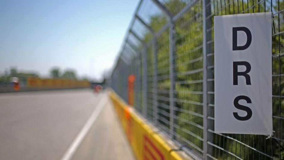 DRS sign, Circuit Gilles Villeneuve, 2017