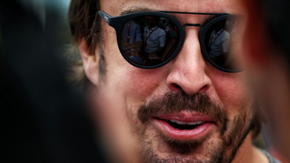 Alonso may not make 2018 decision until December