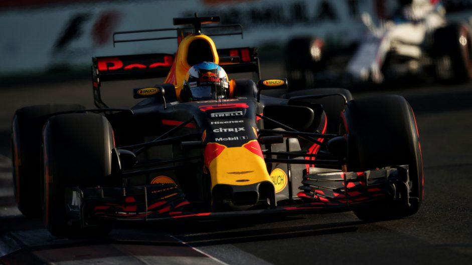 2017 Azerbaijan Grand Prix tyre strategies and pit stops