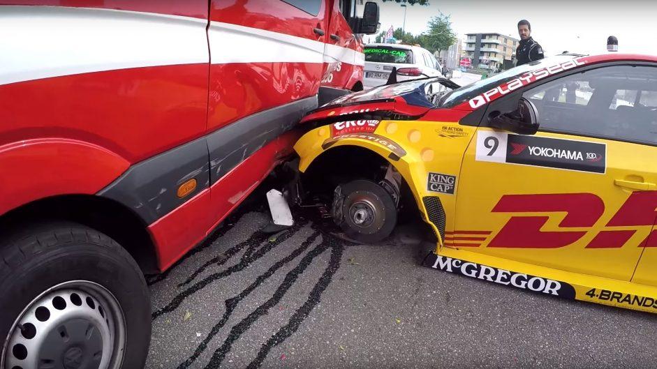 WTCC introduces 'joker laps' but bizarre practice crash prompts safety questions