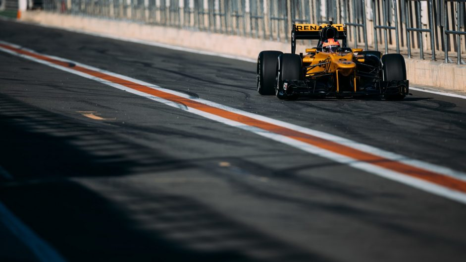 Robert Kubica, Renault, Valencia, 2017