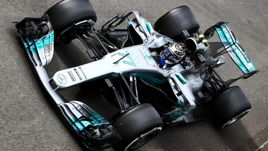 Bottas edges Hamilton in second practice