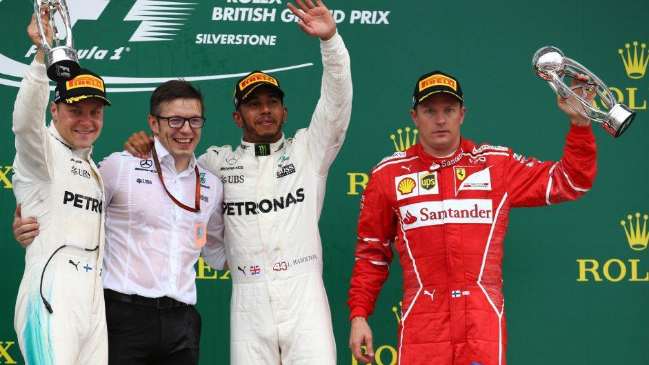 Hamilton dominates at Silverstone as Ferrari's fortunes deflate late