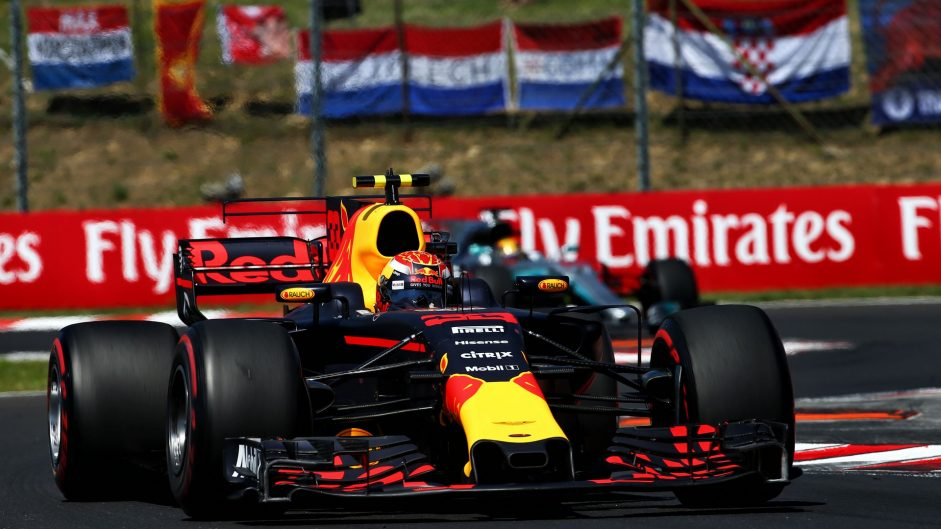 Verstappen apologises for Ricciardo clash but collects penalty points