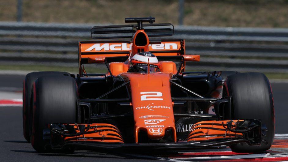 McLaren confirm Vandoorne will stay with them in 2018