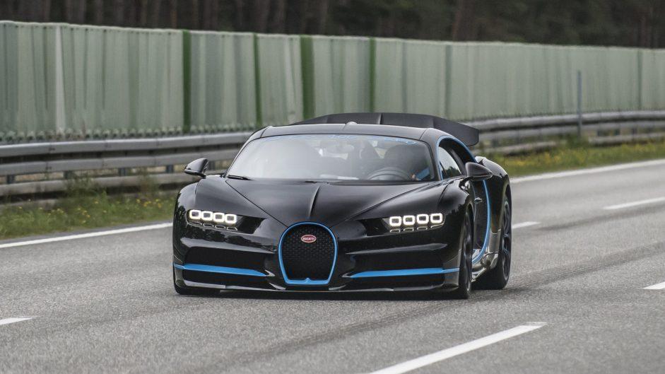 Juan Pablo Montoya, Bugatti Chiron, 2017 · RaceFans