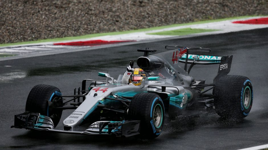 Hamilton must seize his chance to take points lead