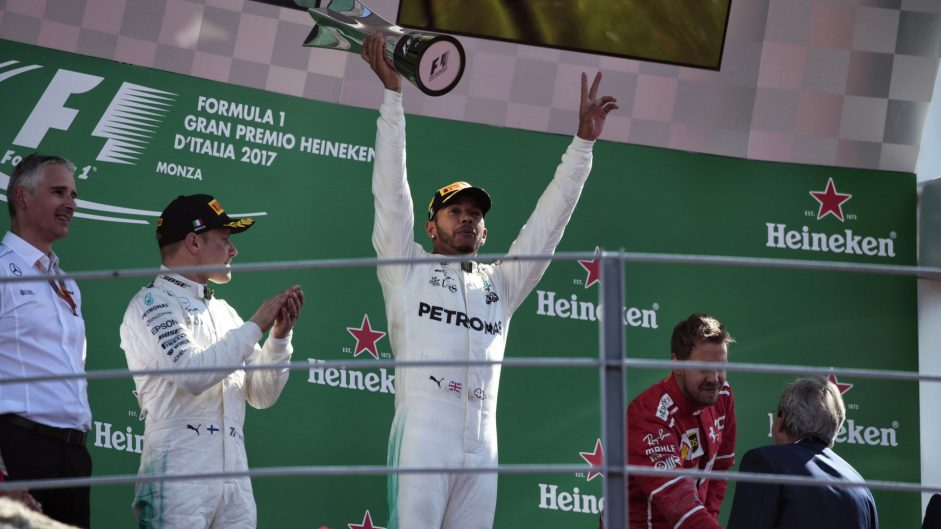 Tables turn in title battle after Hamilton cruises to easy win on Ferrari's home turf