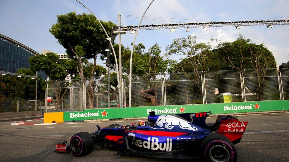 Daniil Kvyat, Toro Rosso, Singapore, 2017