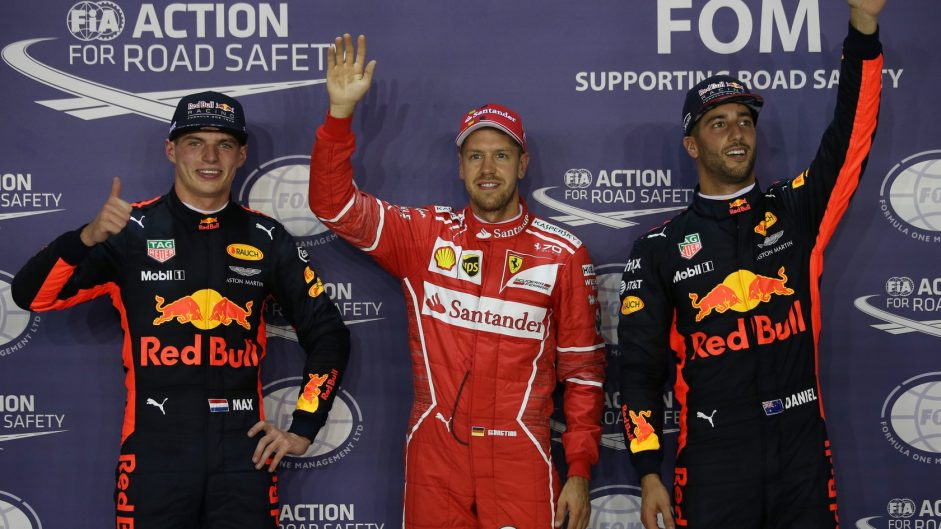 Vettel beats Red Bulls to take pole at Singapore