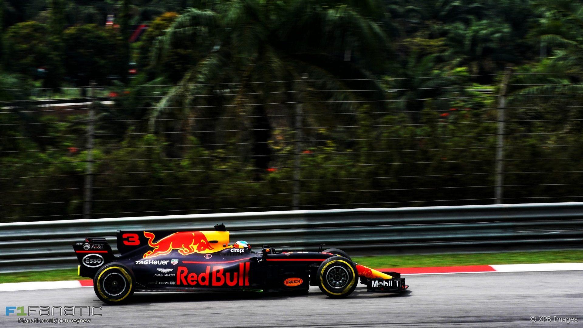 F1 2017: PETRONAS MALAYSIA GRAND PRIX Round 15 - BMW 3