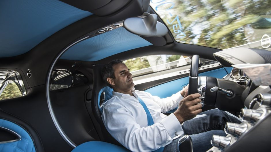 Montoya breaks 400kph world record in a Bugatti Chiron
