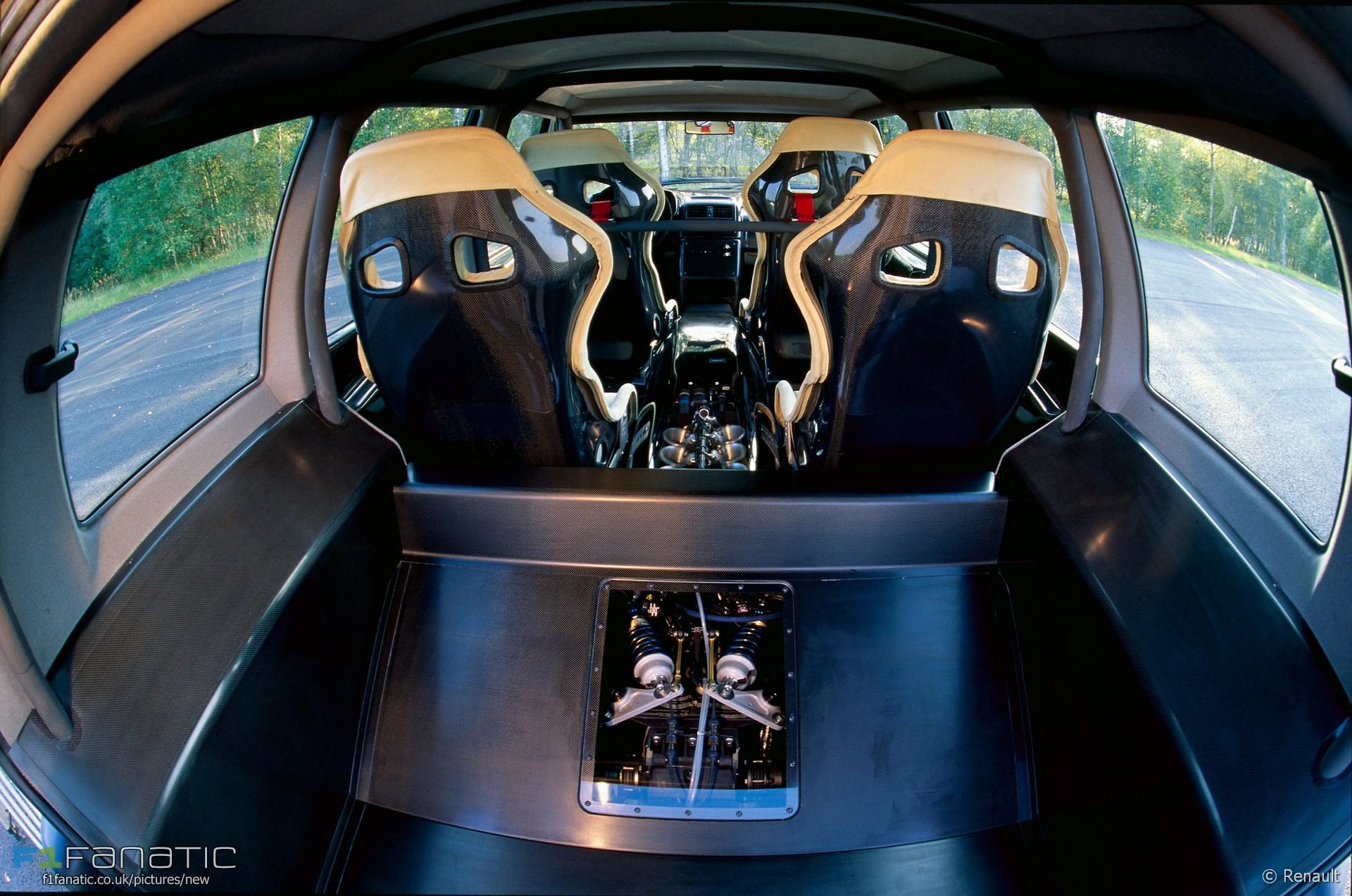 Renault Espace F1 interior, 1994 · RaceFans