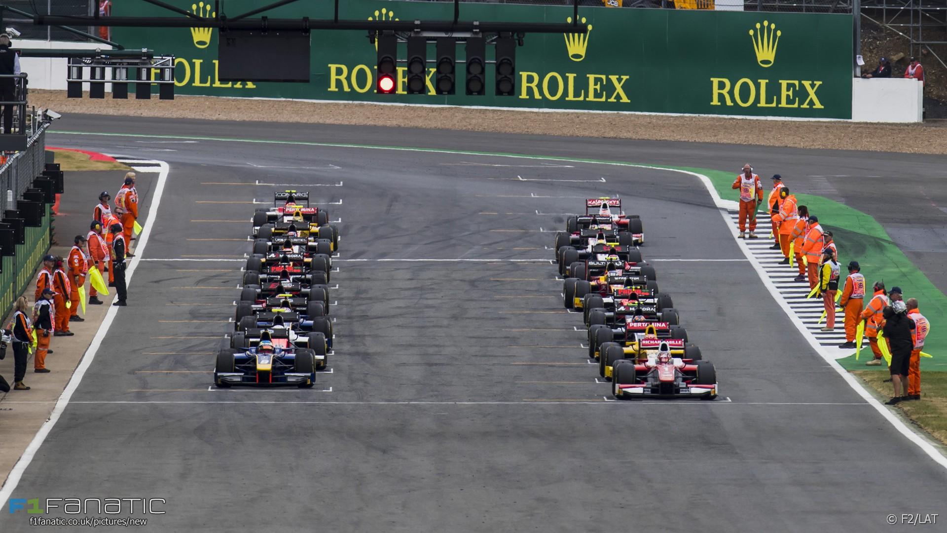 Start, F2, Silverstone, 2017