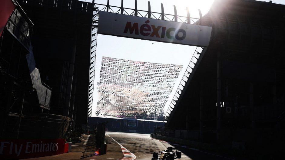 Carlos Sainz Jnr, Renault, Autodromo Hermanos Rodriguez, 2017