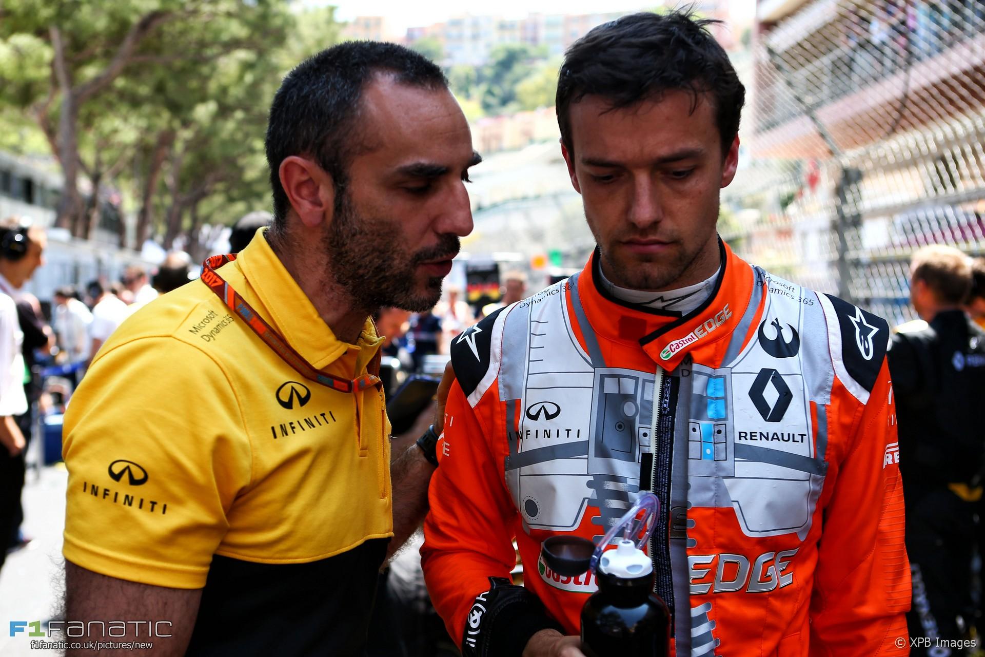 Cyril Abiteboul, Jolyon Palmer, Monaco, 2017