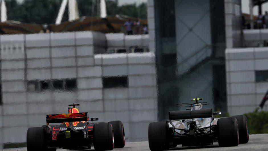 Valtteri Bottas, Daniel Ricciardo, Sepang International Circuit, 2017