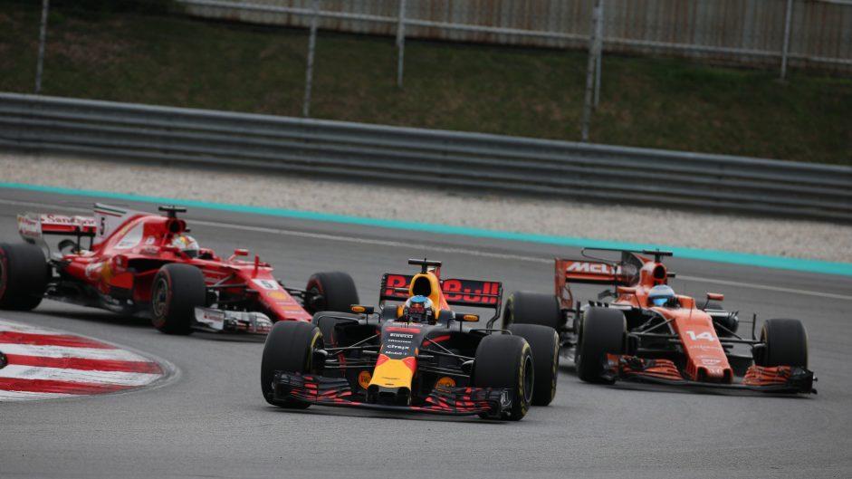 Daniel Ricciardo, Stoffel Vandoorne, Sebastian Vettel, Sepang International Circuit, 2017