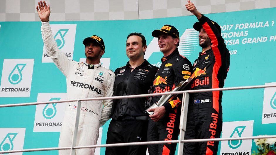 Lewis Hamilton, Max Verstappen, Daniel Ricciardo, Sepang International Circuit, 2017