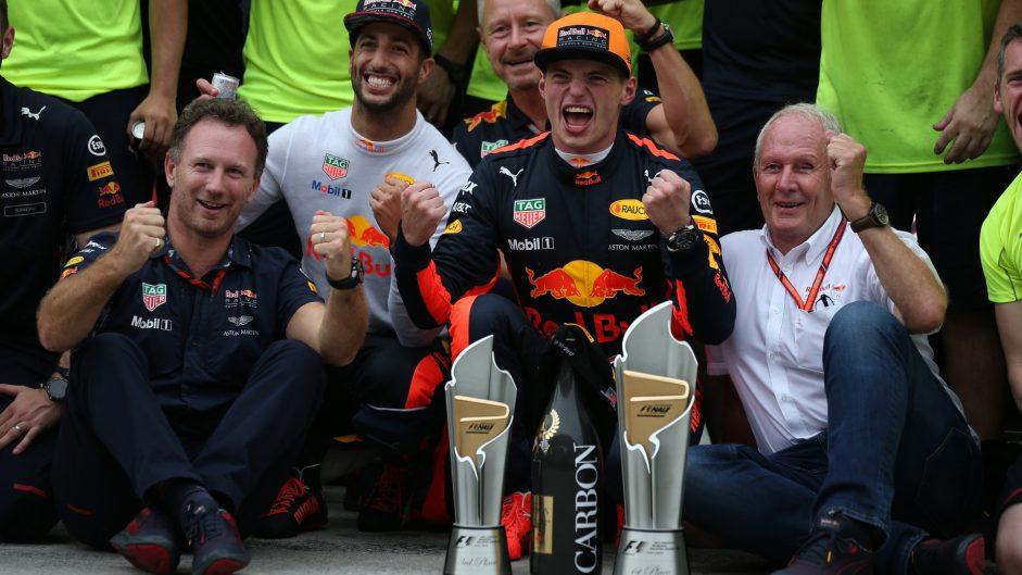 Christian Horner, Daniel Ricciardo, Max Verstappen, Sepang International Circuit, 2017