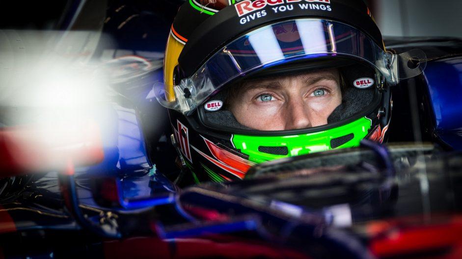 Hartley, Hulkenberg and Vandoorne get grid penalties
