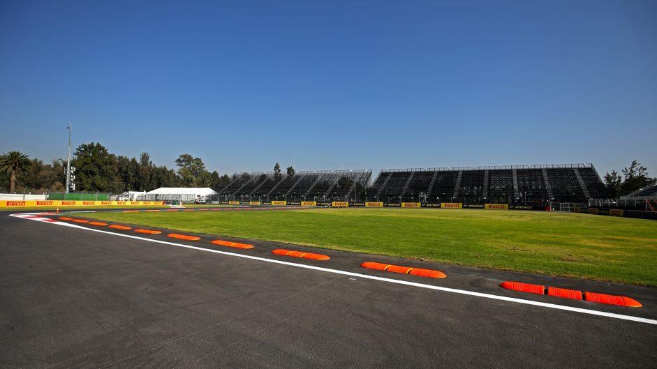 Autodromo hermanos rodriguez circuit information f1 fanatic for Puerta 2 autodromo hermanos rodriguez