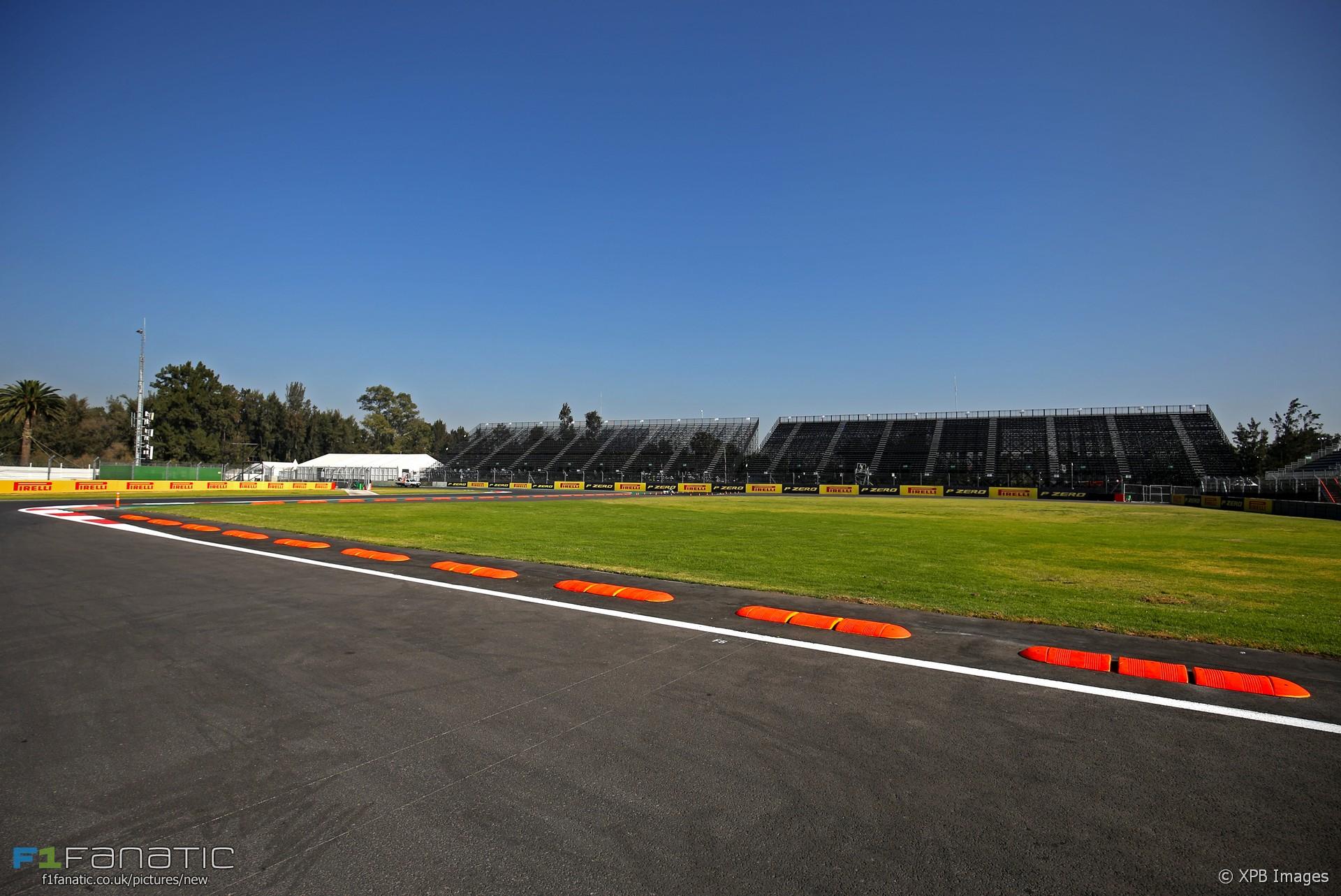 Turn two autodromo hermanos rodriguez 2017 racefans for Puerta 2 autodromo hermanos rodriguez