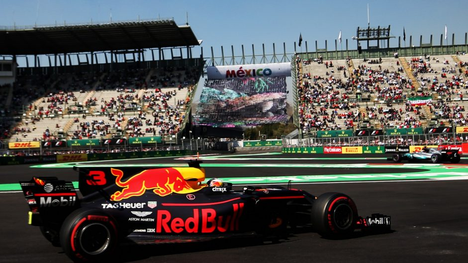 Ricciardo leads close second practice session