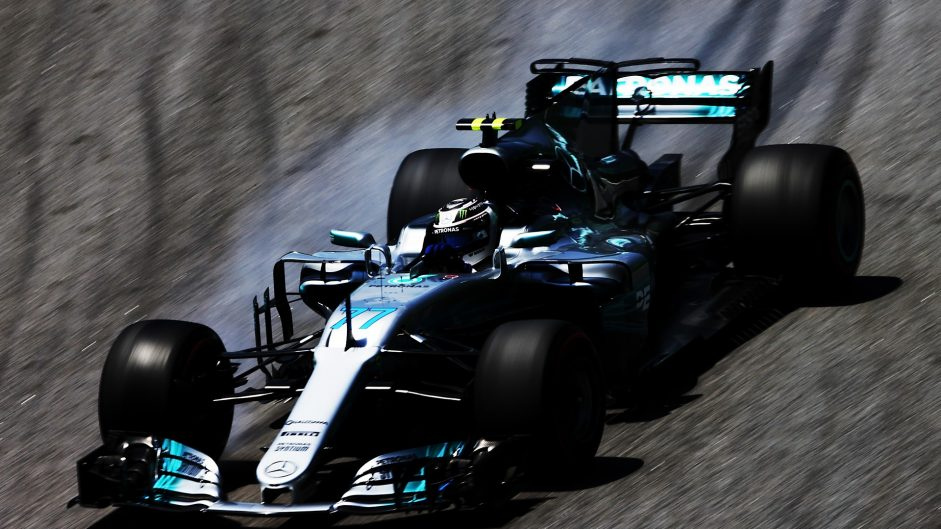 Bottas leads very close final practice session