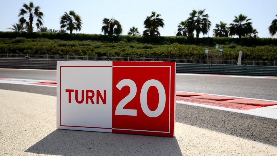 Turn 20, Yas Marina, 2017