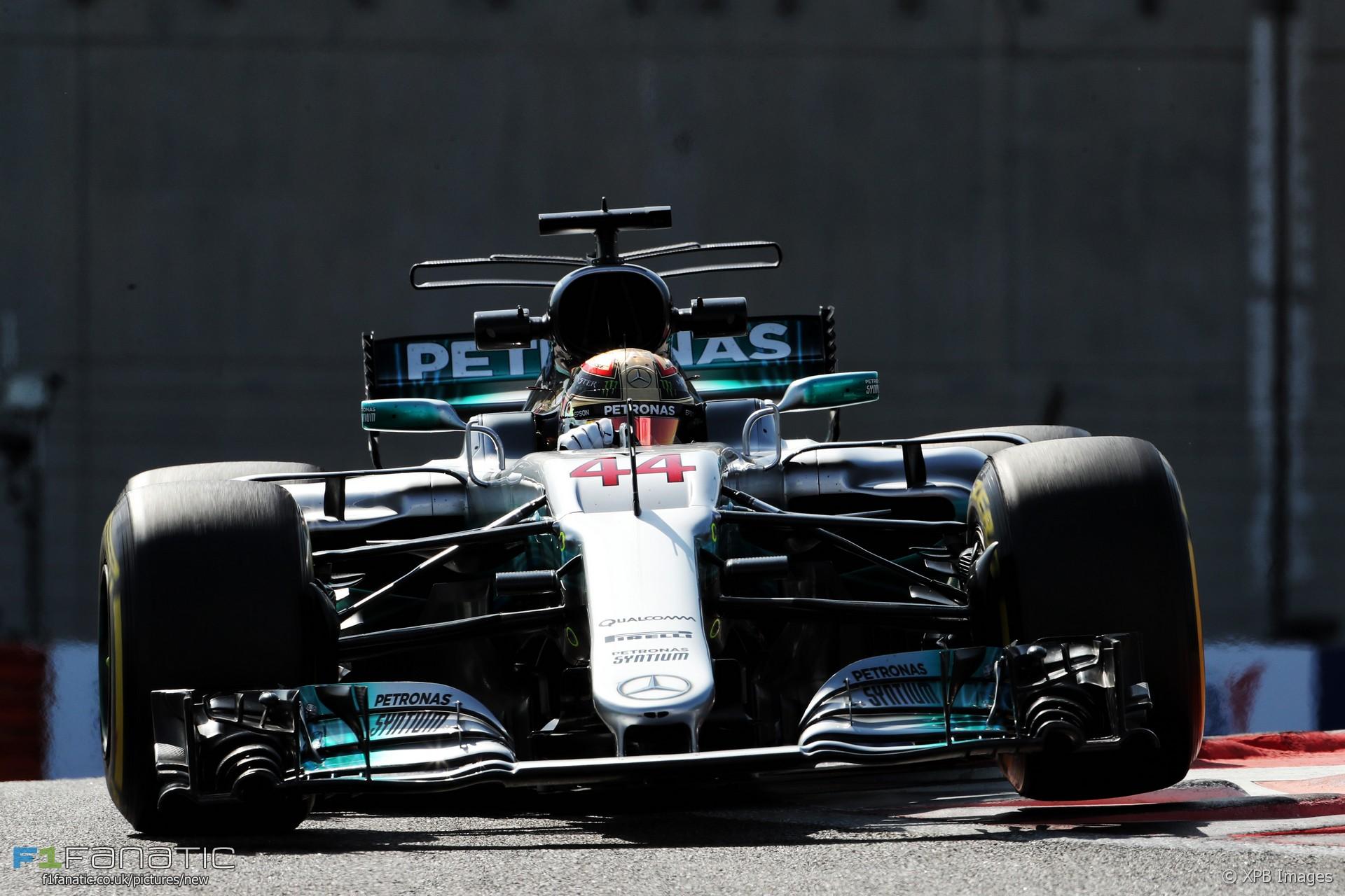 Lewis Hamilton, Mercedes, Yas Marina, 2017