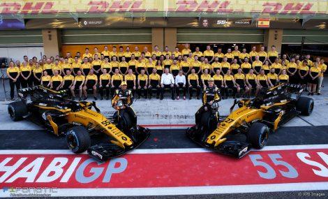 Renault team photo, 2017
