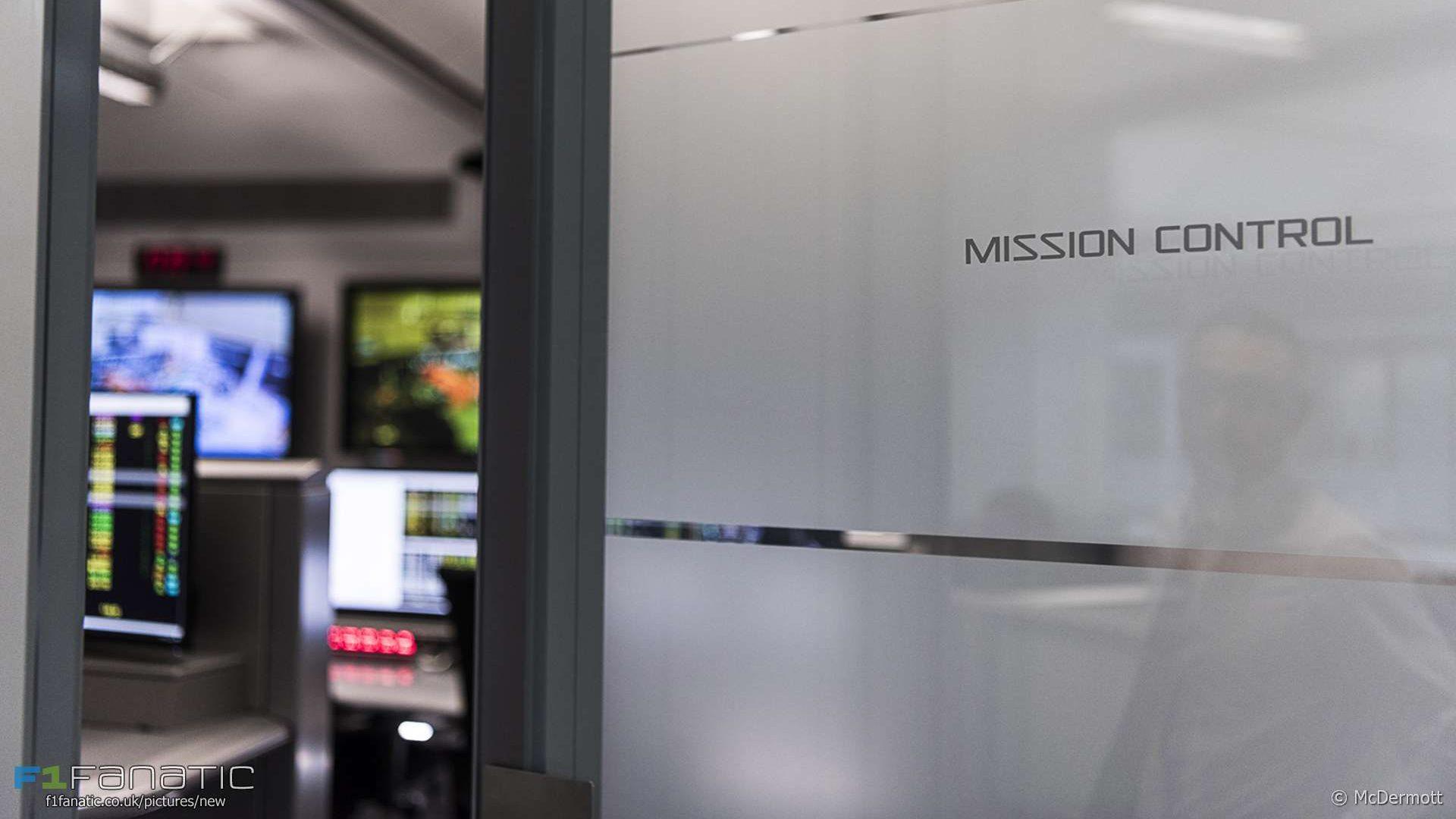 McLarenHQ_MissionControl_SM_182.LA_-e151