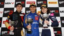 A separate championship for women? No: Girls want to race guys