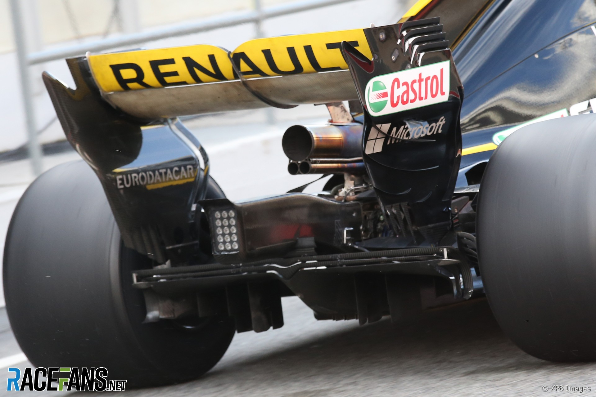 fia will act if renault uses engine modes to enhance blown rear wing racefans. Black Bedroom Furniture Sets. Home Design Ideas