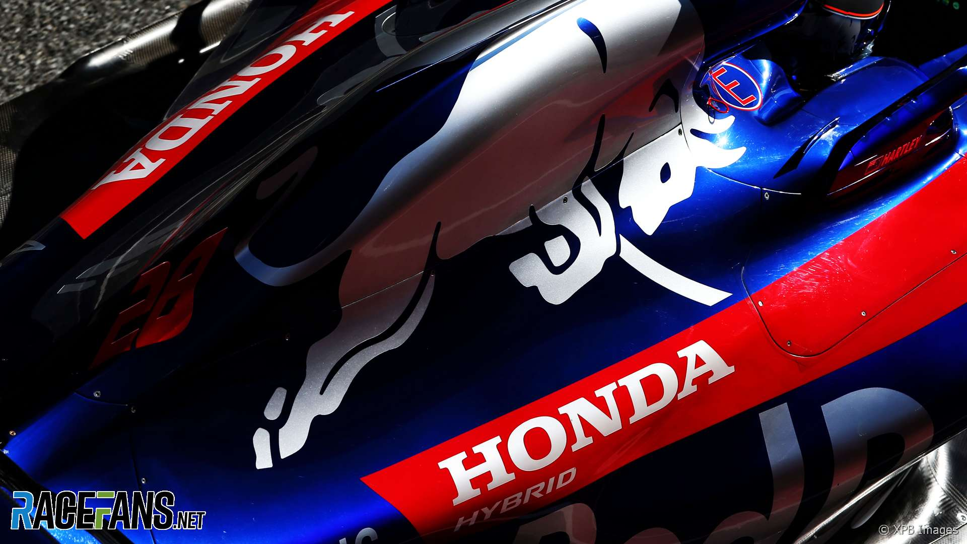 toro rosso honda branding 2018 racefans. Black Bedroom Furniture Sets. Home Design Ideas