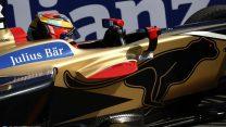 Vergne dominates qualifying for home pole in Paris
