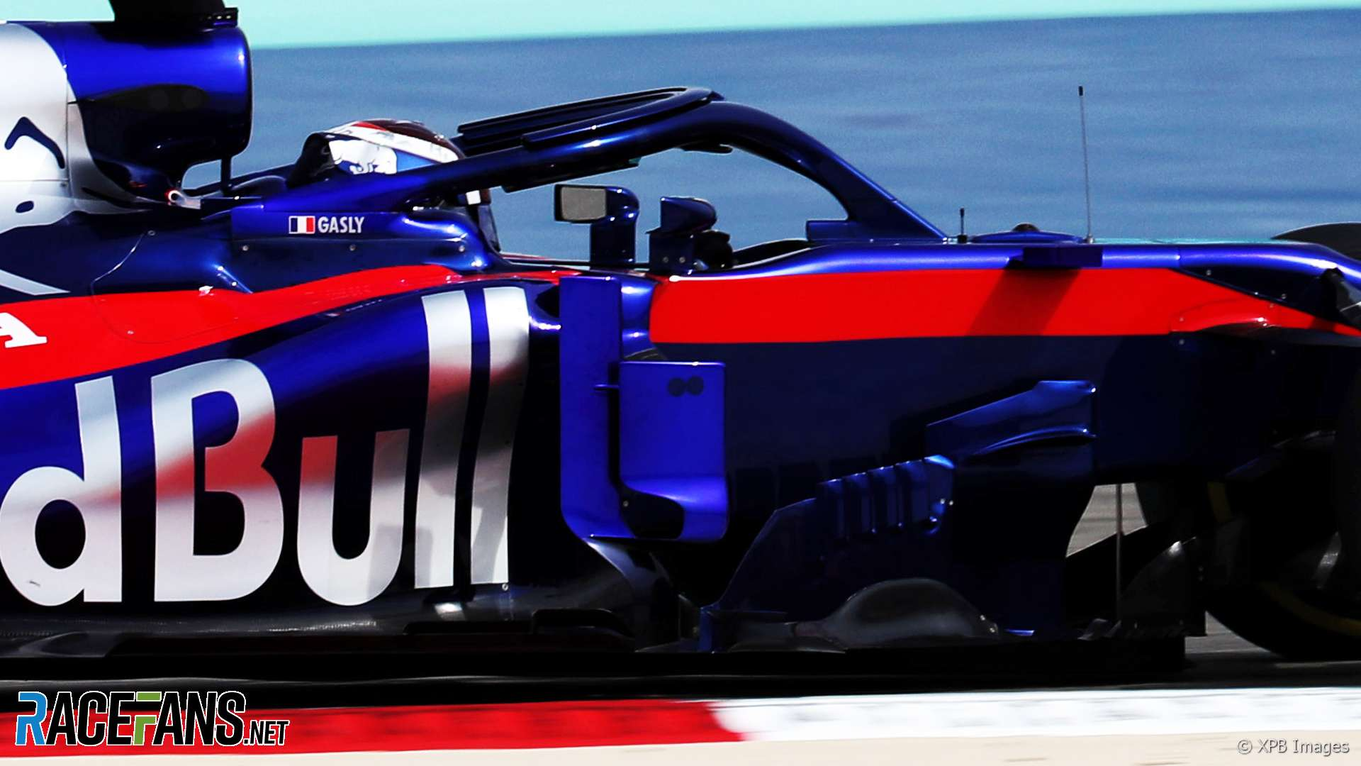 pierre gasly toro rosso bahrain international circuit 2018 racefans. Black Bedroom Furniture Sets. Home Design Ideas