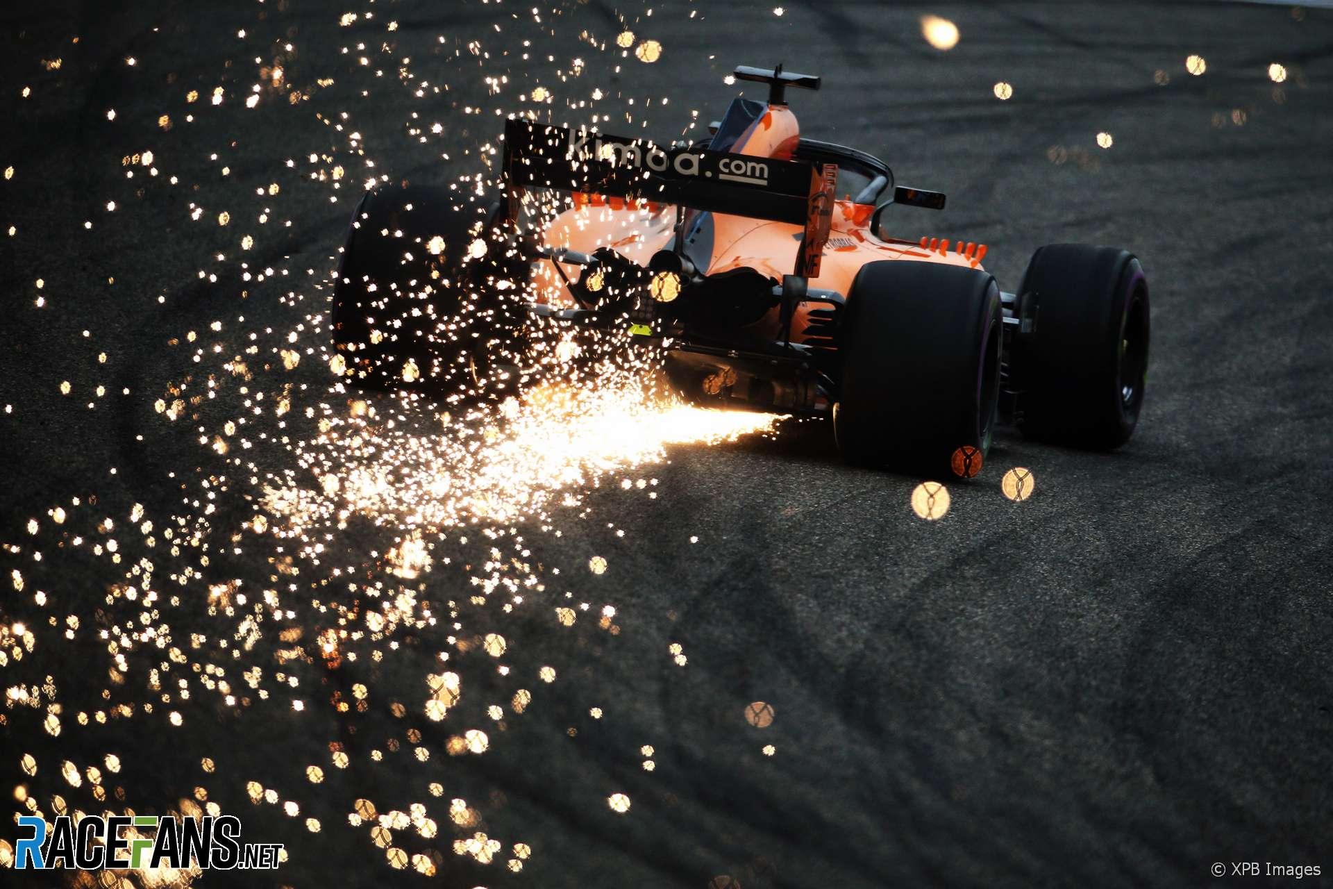 Fernando Alonso, McLaren, Shanghai International Circuit, 2018