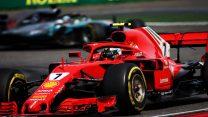 Hamilton breaks Raikkonen's record for consecutive points finishes