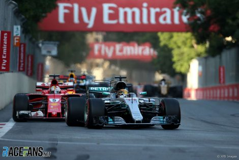 Lewis Hamilton, Sebastian Vettel, Baku City Circuit, 2017