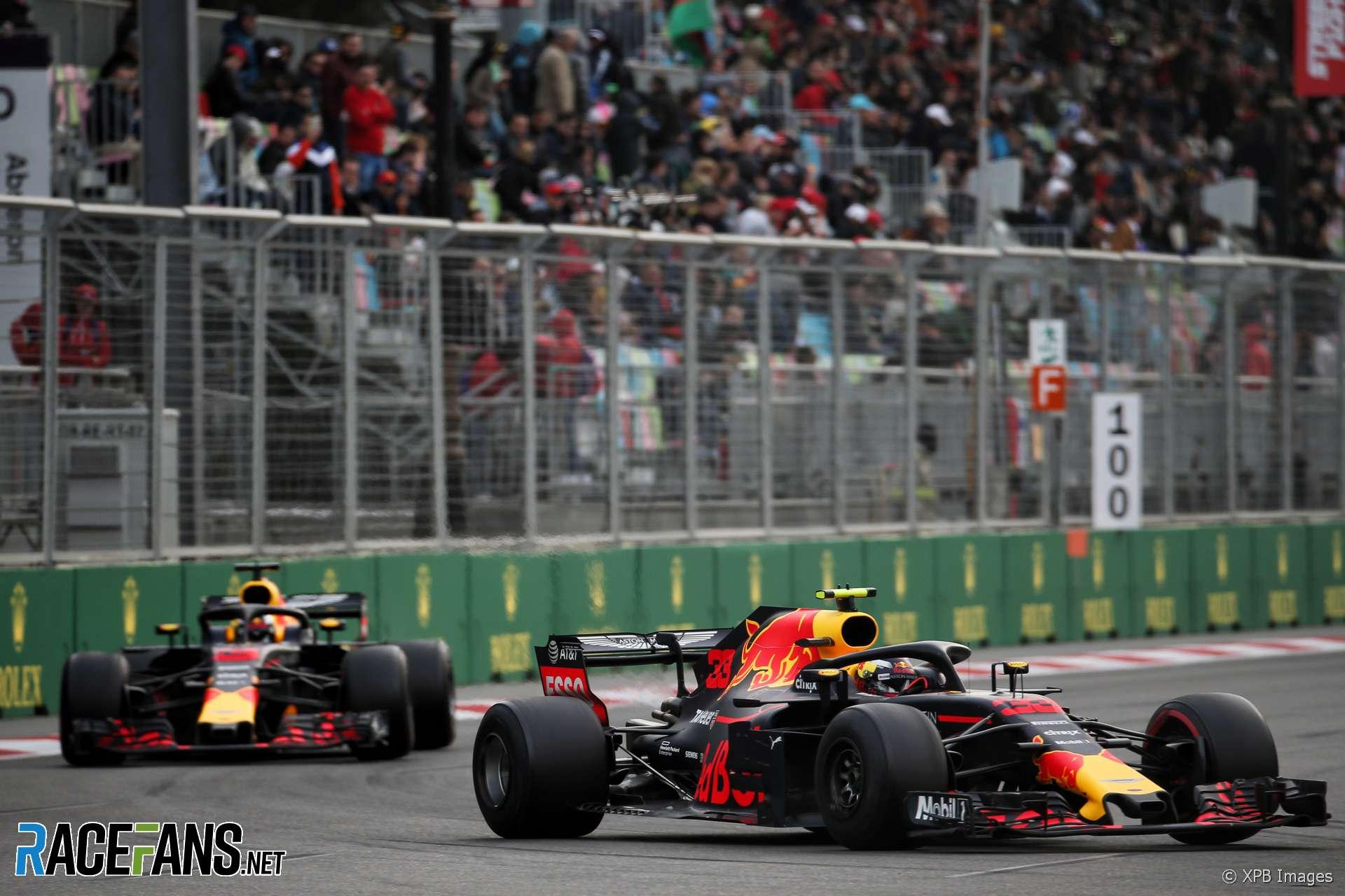 Daniel Ricciardo, Max Verstappen, Red Bull, Baku City Circuit, 2018