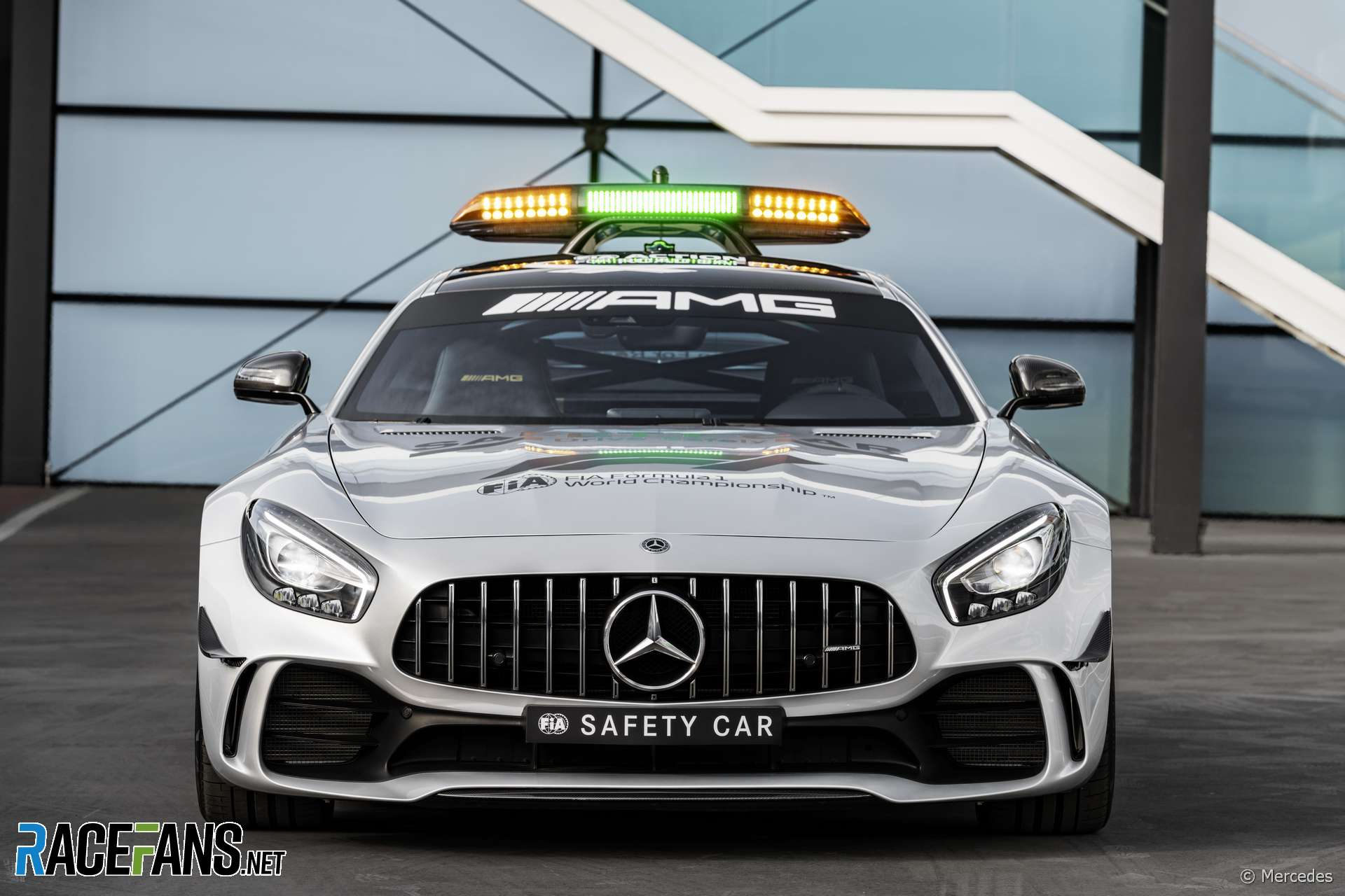 Mercedes Am Gt R F1 Safety Car 2018