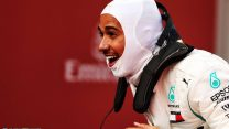 Commanding win puts Hamilton's bid for a fifth title on track